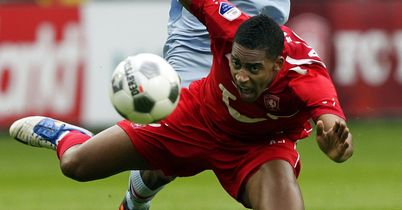 Leroy Fer: Move to Everton may fall through