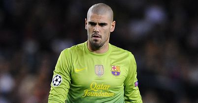 Victor Valdes: Rosell hoping he stays at Barca