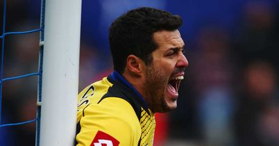 Julio Cesar: Brazilian praised after Tottenham stalemate