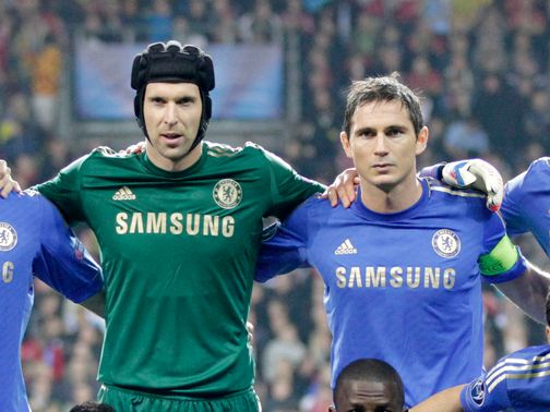 Still no new contract in sight for Lampard (right)
