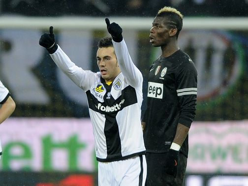 Sansone celebrates his goal as Parma hold Juve
