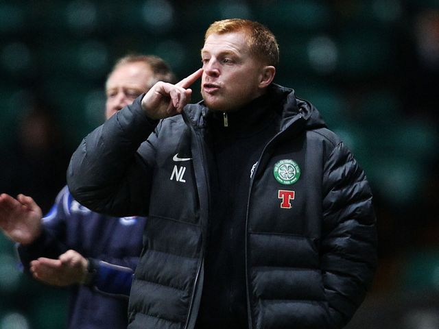 Neil Lennon gets a message to his players