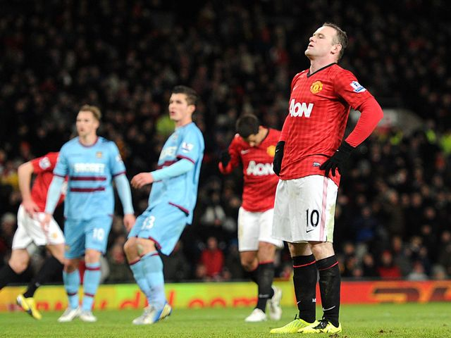 Wayne Rooney missed a penalty for Man United