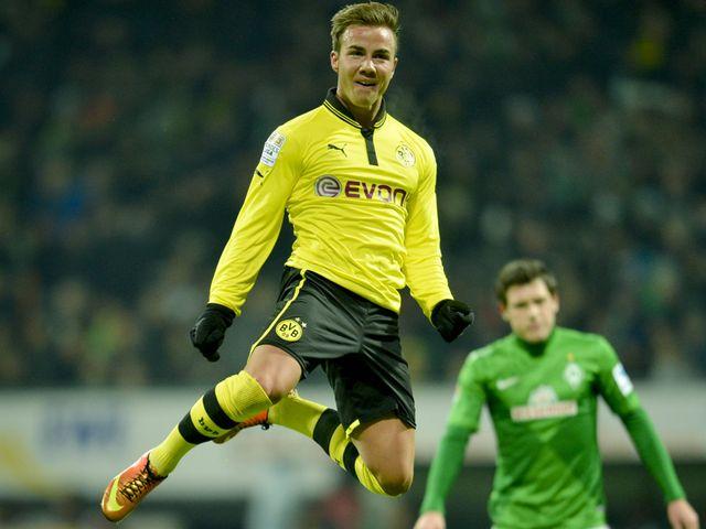 Mario Goetze celebrate's Dortmund's second goal