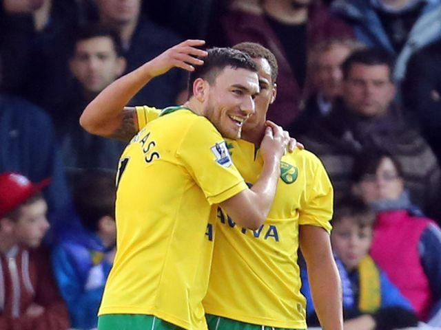 Robert Snodgrass and Elliott Bennett celebrate