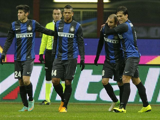 Rodrigo Palacio is congratuled after his Inter goal
