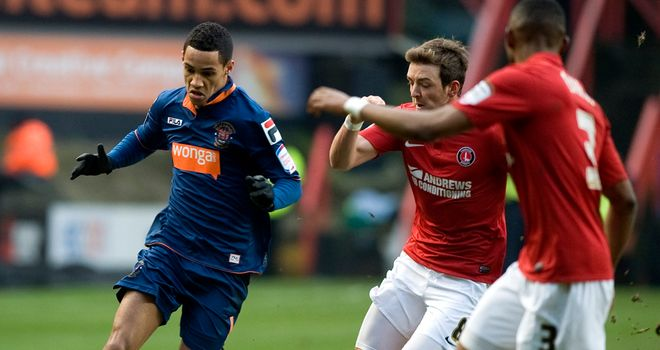 Tom Ince: Contract at Blackpool extended