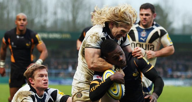 Christian Wade: Is tackled by Tom Biggs of Bath