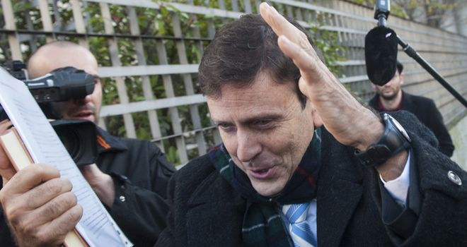 Eufemiano Fuentes: One-year suspended jail term for Spaniard