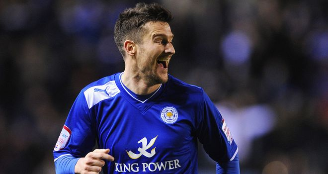 David Nugent: Hurt his neck in a challenge