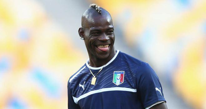 Mario Balotelli: Manchester City striker set to complete his move to AC Milan