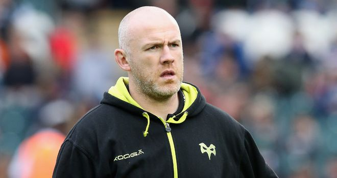 Steve Tandy: Ospreys coach loses one of his tight-head options