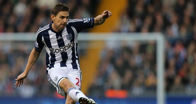 Zoltan Gera: Set to spend the next few weeks on crutches following knee surgery
