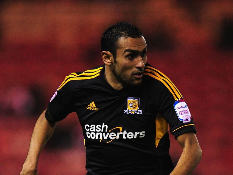 Ahmed Elmohamady: Joins Hull for the rest of the season