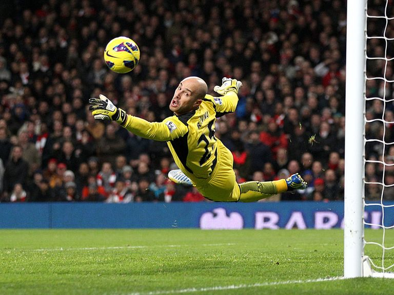 Pepe Reina: Liverpool keeper is ready to move to Napoli on loan