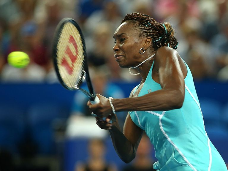 Venus Williams: Taken to three sets