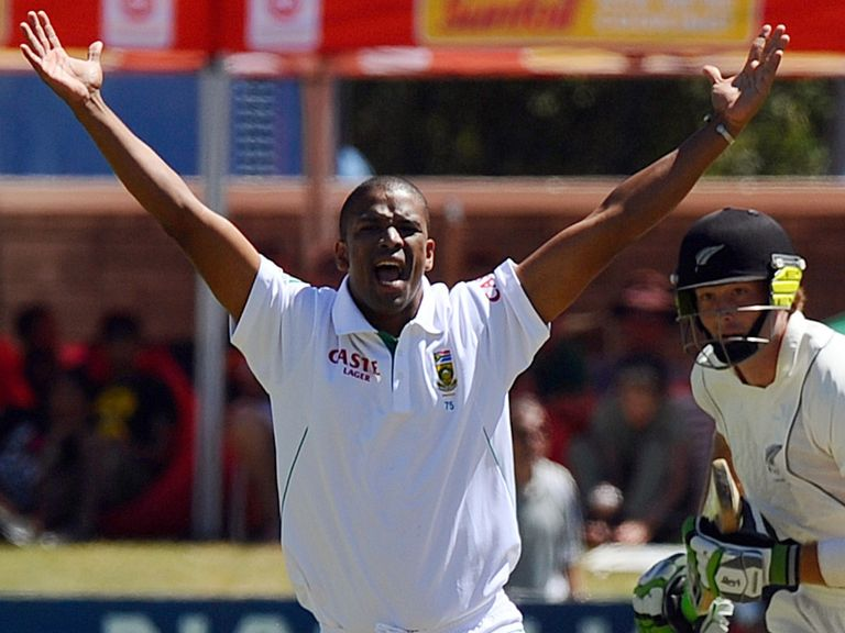 Vernon Philander: Returns to the South Africa squad