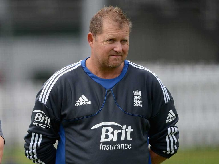 David Saker: England can benefit from rule changes