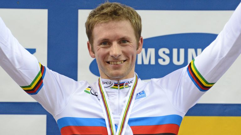 Jason Kenny claimed only his second rainbow jersey