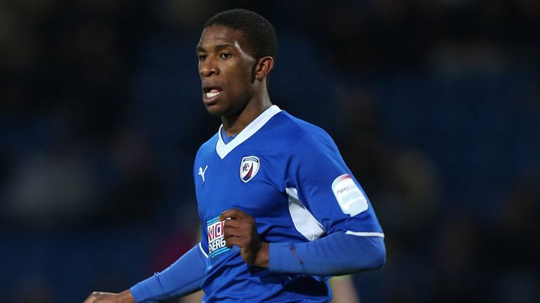 Tendayi Darikwa: New Chesterfield deal