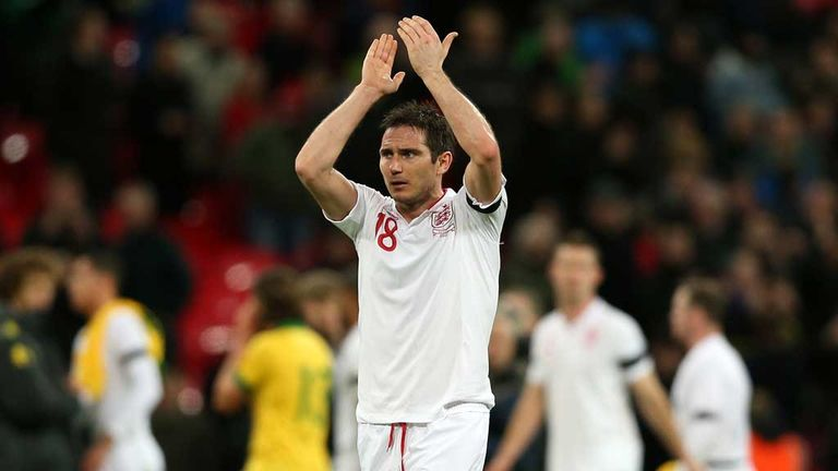 Frank Lampard: Roy Hodgson keen for England midfielder to remain in European football