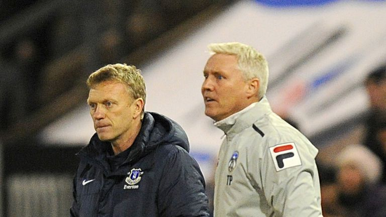 Tony Philliskirk (R) is ready for a tough second test against David Moyes's Everton