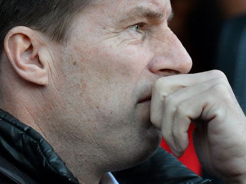 Laudrup says Swansea need to embrace the favourites tag