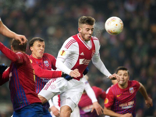 Toby Alderweireld scores Ajax's opening goal