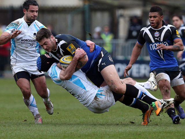 Matt Banahan is tackled