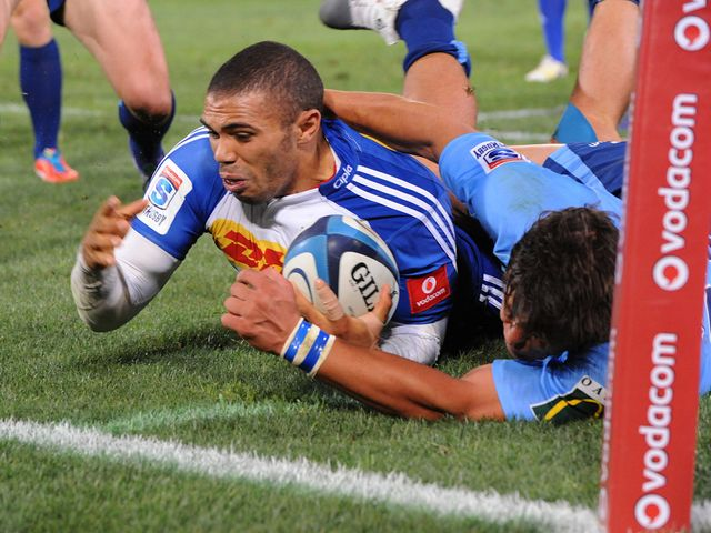 Bryan Habana goes in for a Stormers try