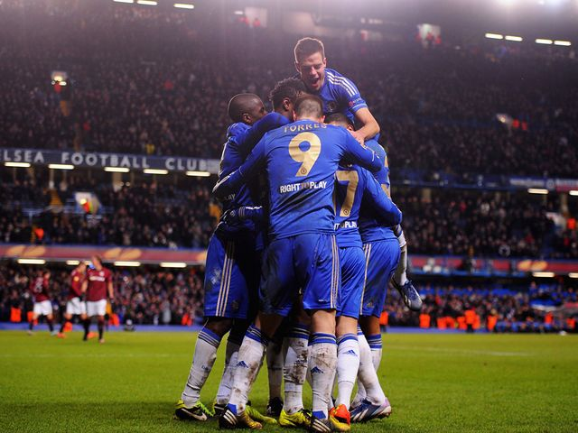 Chelsea celebrate Hazard's late equalising goal