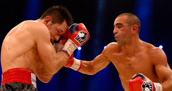 Sam Soliman (R): Claimed a unanimous points win over Felix Sturm