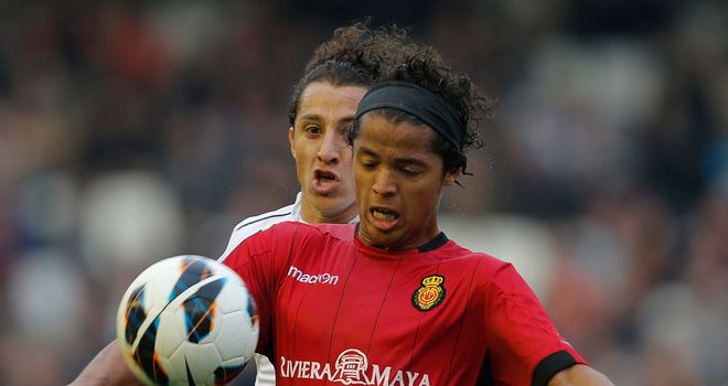 Giovani dos Santos controls the ball for Mallorca