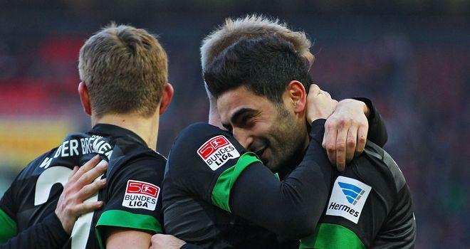 Mehmet Ekici celebrates a Bremen goal