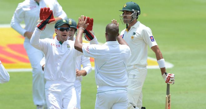 South Africa celebrate another wicket at the Wanderers