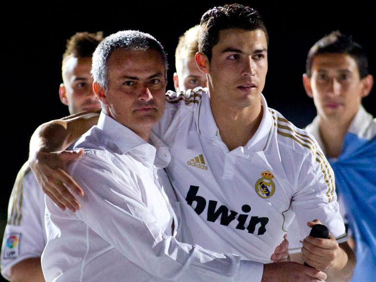Cristiano Ronaldo (r): Unsure about Mourinho's future