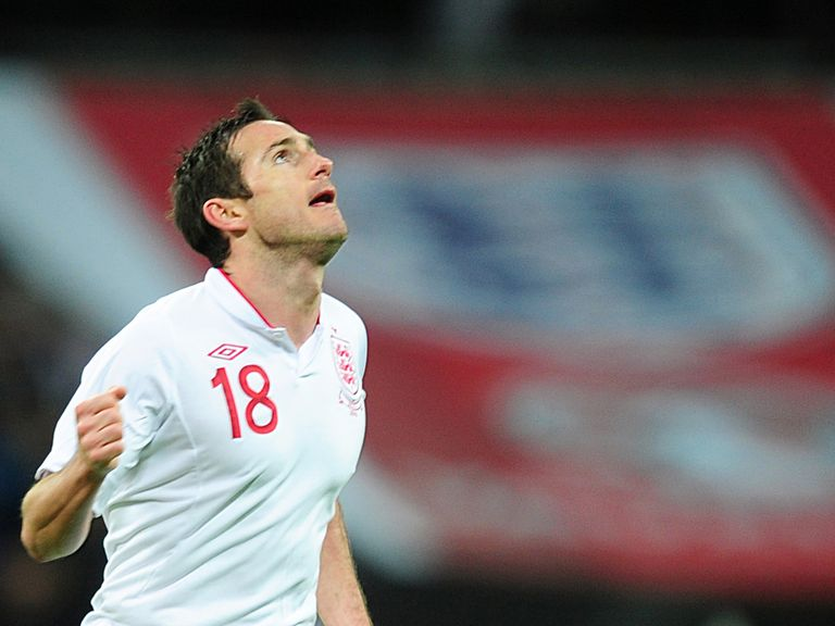 Frank Lampard: Says Ferdinand is 'not finished' with England