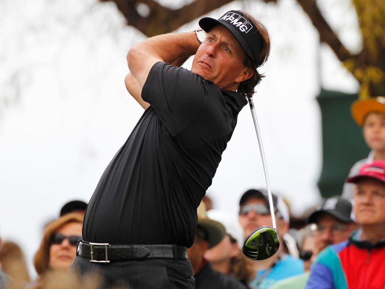 Phil Mickelson: Returns to the world's top 10