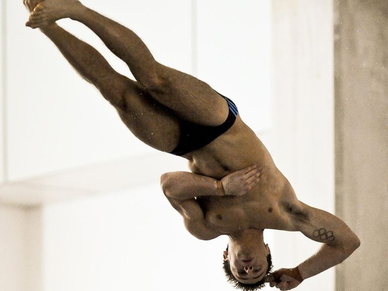 Tom Daley dives to victory.