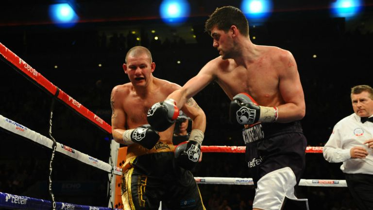 Rocky Fielding (R): Had Wayne Reed in trouble early and often (Image: leighdawneyphotography.com)