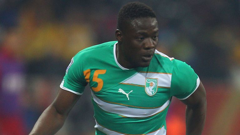 Aruna Dindane: In action for the Ivory Coast