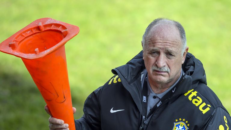 Luiz Scolari: Brazil boss wants Breno released from prison sentence