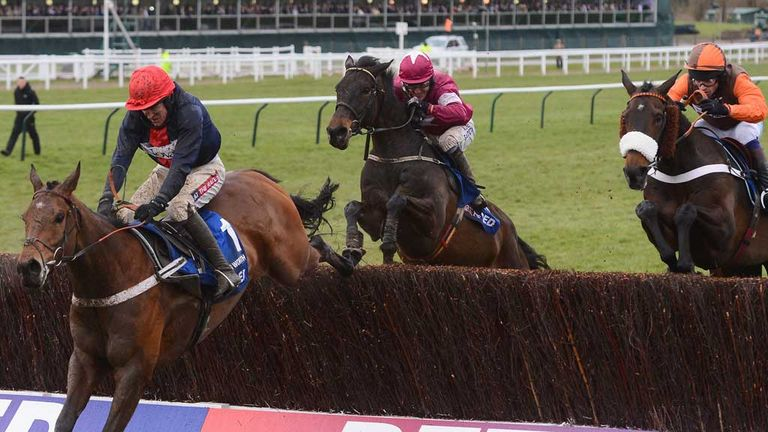 Sir Des Champs and Long Run give vain pursuit