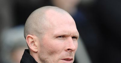 Michael Appleton: Dunn deal closer