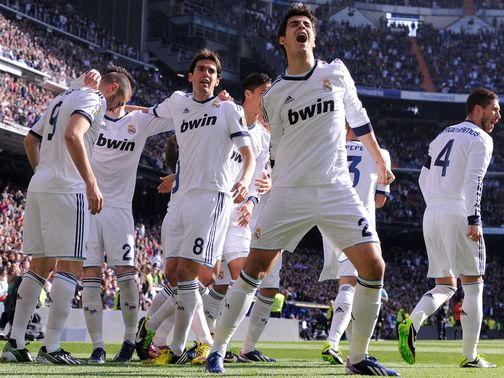 Real celebrate Benzema's early goal