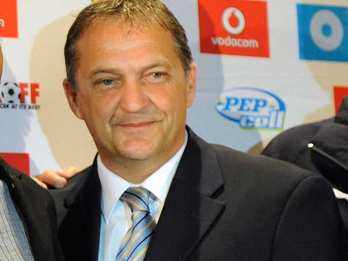 Gary Mabbutt: Will remain in hospital for two weeks