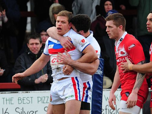 Peter Fox gets on the scoresheet for Wakefield
