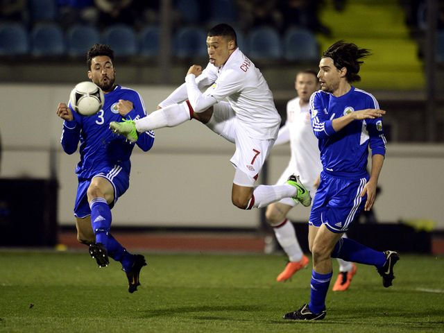 Alex Oxlade Chamberlain in action for England.