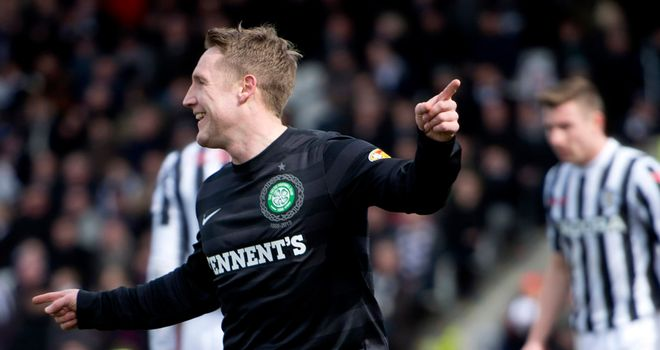 Kris Commons: Neil Lennon tried to dissuade him from quitting Scotland