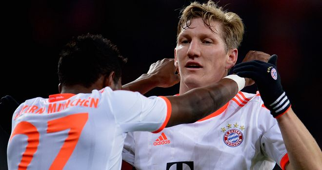 David Alaba celebrates with Bastian Schweinsteiger